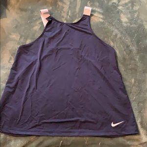 Nike flows tank